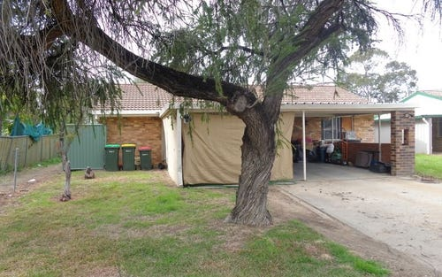 8 Wattle Crescent, Moree NSW 2400