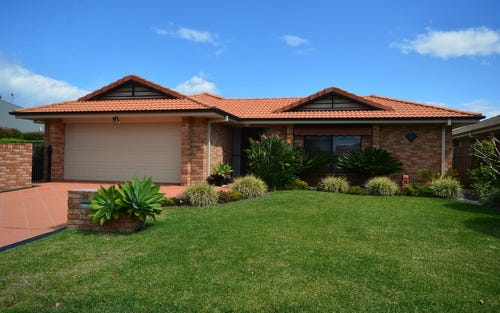 28 John Gollan Avenue, Harrington NSW 2427