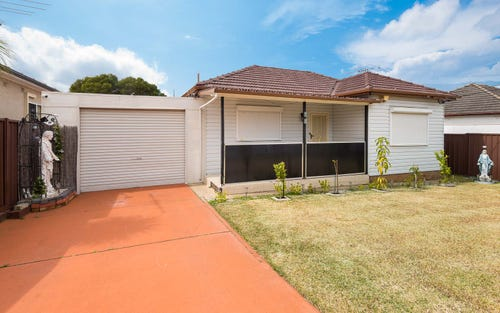 10 Isis St, Fairfield West NSW 2165