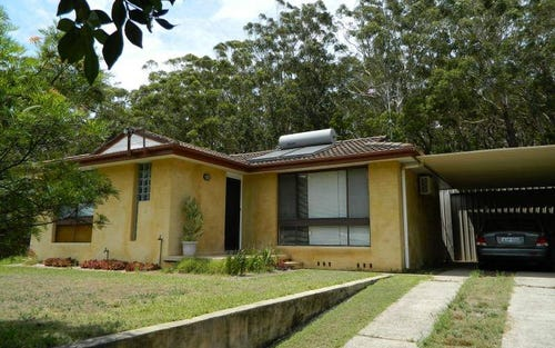 155 Greenpoint Drive, Green Point NSW 2428