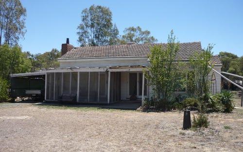 Vinnicome Lane, Barham NSW 2732