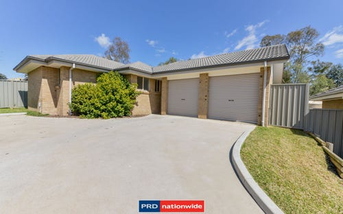 2/14 Wren Close, Tamworth NSW 2340