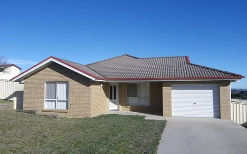 4 Maroney Place, Orange NSW