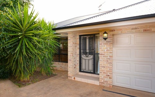 2b Crump Close, Griffith NSW 2680