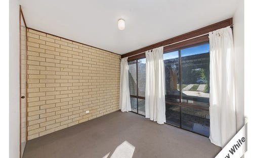 27 GODDARD CRESCENT, Holt ACT