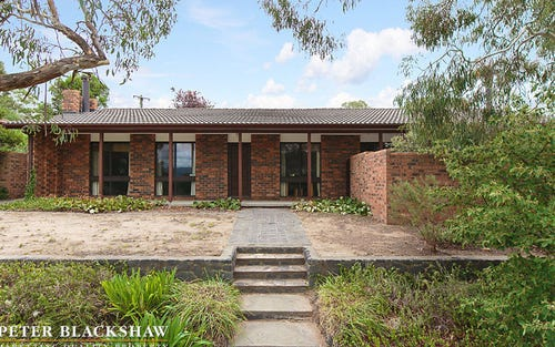 30 Cuthbertson Crescent, Oxley ACT 2903
