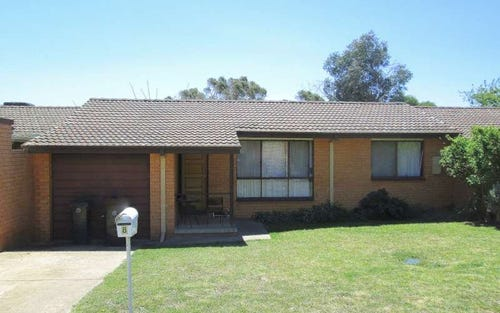 8 Crockett Place, Holt ACT