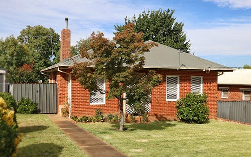 30 Fernleigh Road, Mount Austin NSW 2650