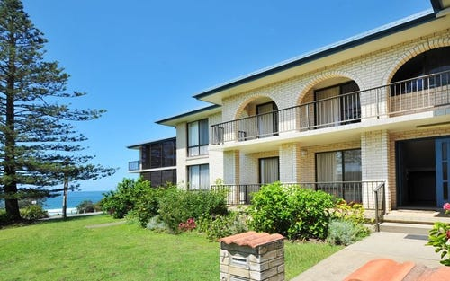 2/1 Twentieth Avenue, Sawtell NSW 2452