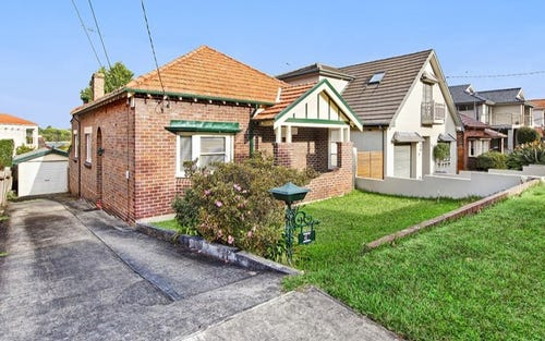 Address available on request, Russell Lea NSW