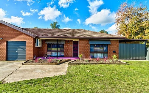 2/119 Adams Street, Jindera NSW 2642
