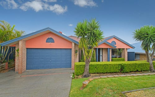 17 Bounty Avenue, Lake Cathie NSW 2445