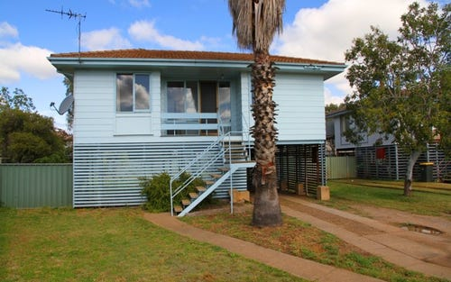 4 Milner Place, Narrabri NSW 2390