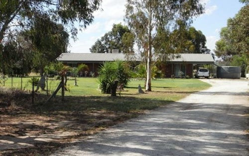 75 Honniball Drive, Tocumwal NSW 2714
