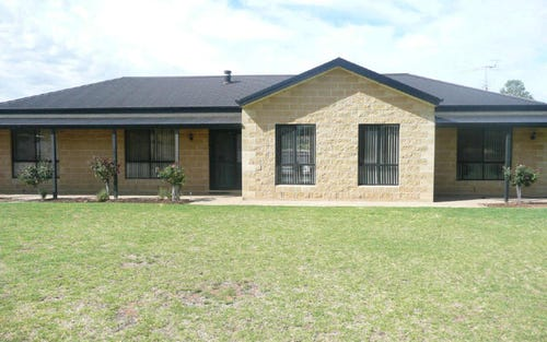 252 Pine Hill Road, Narrandera NSW 2700