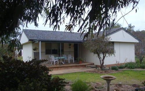 32-34 Cowra St, Gooloogong NSW 2805