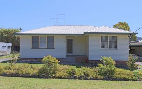 18 Roderick Street, Maclean NSW 2463