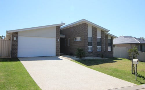 35. Kyla Cres, Port Macquarie NSW 2444