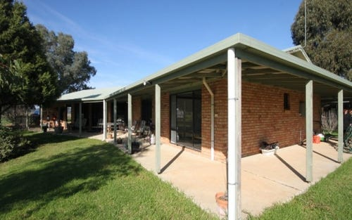 13 Graham Avenue, Gumly Gumly NSW 2652