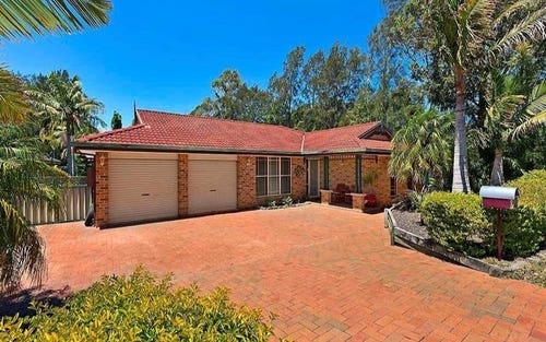 1 Castlereagh Crescent, Bateau Bay NSW 2261