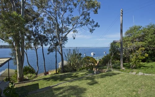 197 Fishing Point Road, Fishing Point NSW 2283