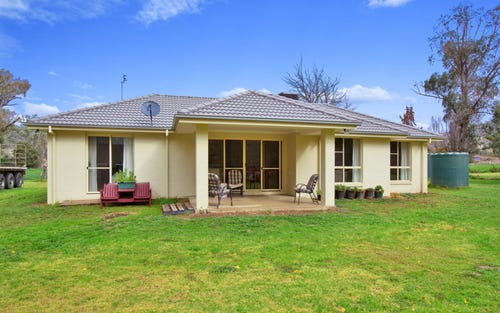 1002 New England Highway, Tintinhull NSW 2352