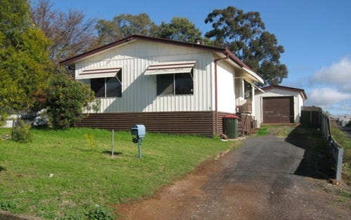 2 Howard Street, Parkes NSW 2870