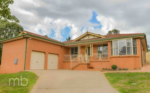 6 Shamrock Place, Bletchington NSW 2800