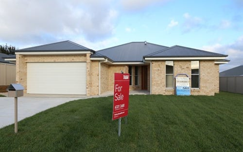3 Press Court, Kelso NSW 2795