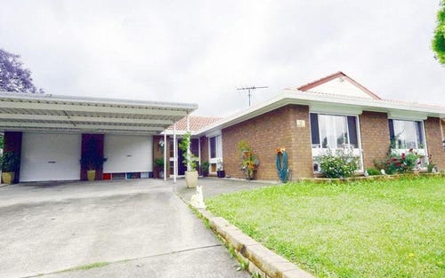 7 Raphael St, Greenfield Park NSW 2176