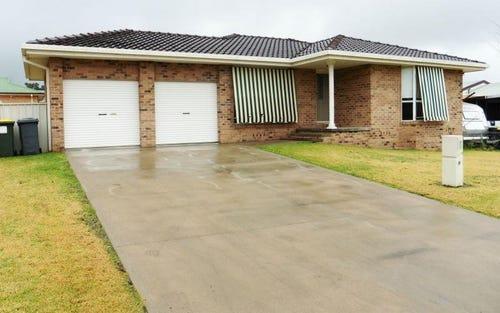 9/9 Deodara Drive, Inverell NSW 2360