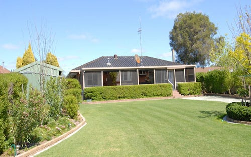 213 Burchfield Avenue, Deniliquin NSW 2710