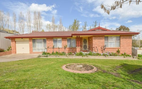 14 Tadros Ave, Young NSW 2594