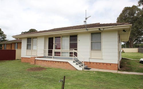 55 Logan Street, Tenterfield NSW 2372