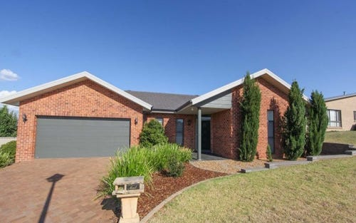 26 Jonathon Road, Glenroi NSW 2800
