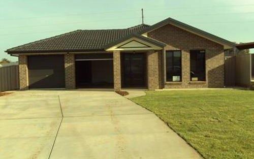 63 Barrima Drive, Glenfield Park NSW