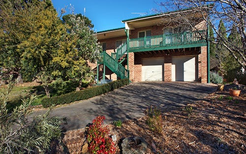 5 Erica Road, Wentworth Falls NSW 2782