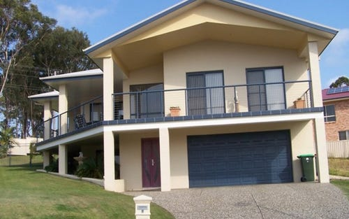 4 Sanders Place, South West Rocks NSW 2431