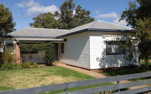 82 NYMAGEE STREET, Narromine NSW 2821