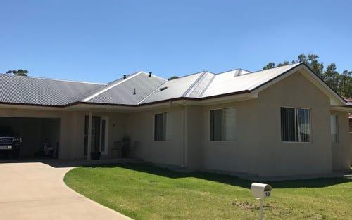 19 Golf Club Drive, Leeton NSW