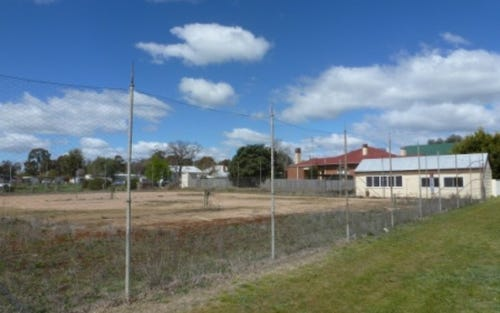 38 Farm Street, Boorowa NSW 2586