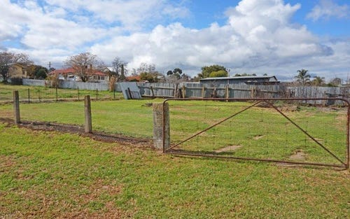 11 Duke St, Junee NSW 2663