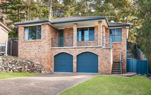 10 Scenic Drive, Caves Beach NSW 2281