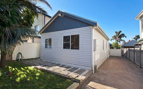 22 Park Road, Lake Illawarra NSW 2528