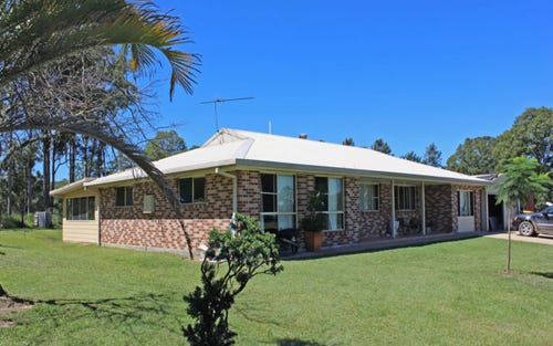 87 Elbow Creek Road, Woodford Island NSW 2463