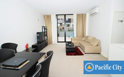 8 Sunbeam Ln (entry from Charlotte St), Campsie NSW 2194