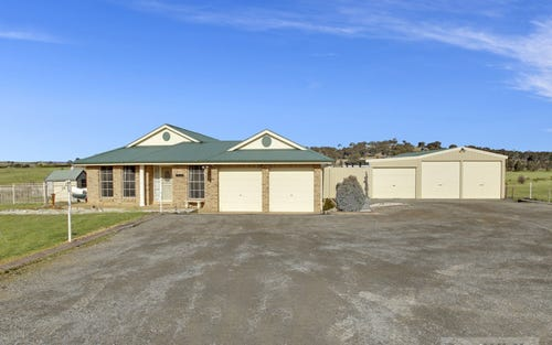 302 Run O Waters Drive, Goulburn NSW 2580