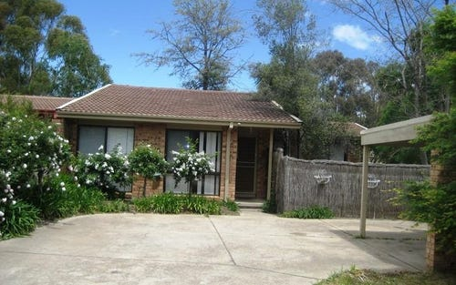 18 Stenhouse Close, Evatt ACT