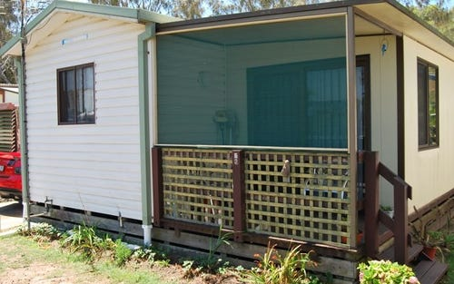 V2 52 WELLINGTON DRIVE (white albatross ), Nambucca Heads NSW 2448