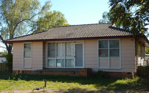 8 Hunter Avenue, Gilgandra NSW 2827